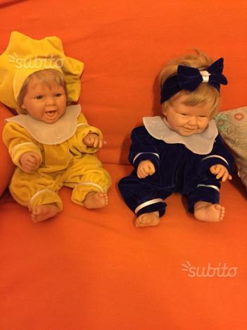 Coppia di bambole da collezione