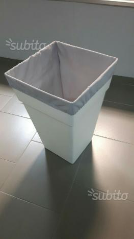Vaso quadrato bianco