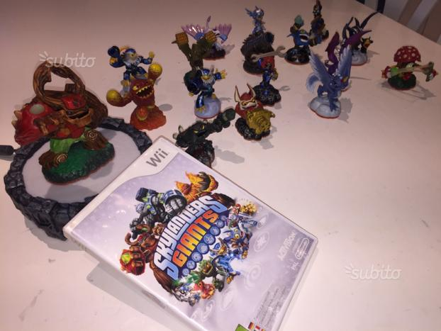 Giochi + Personaggi + Base