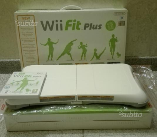 Nintendo wii. Balance board +wiifitplus