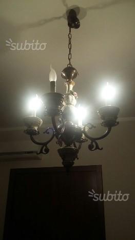 Lampadario ottone fuso