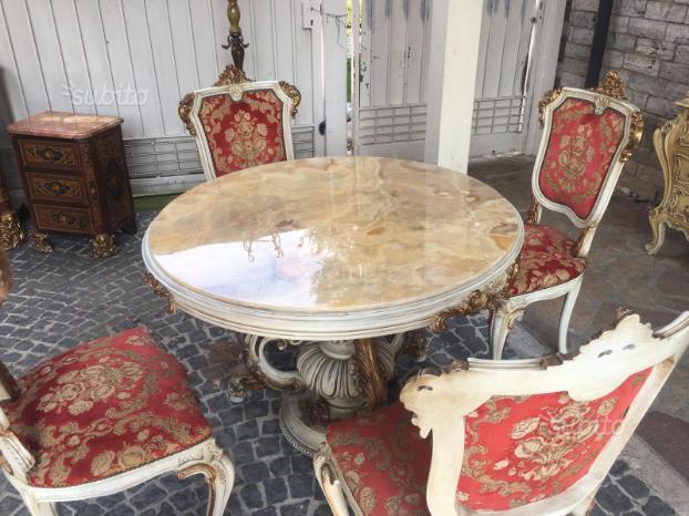 Antico tavolo barocco veneziano