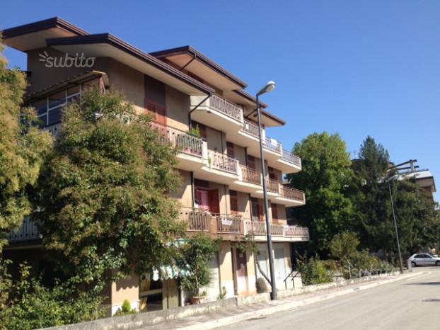 Appartamento di 160 mq con box auto e terrazzo