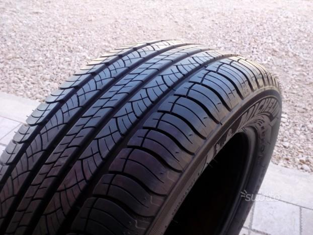 Gomme michelin 235 55 17