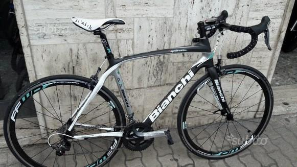 Bianchi infinito cbr shimano ultegra-km 0