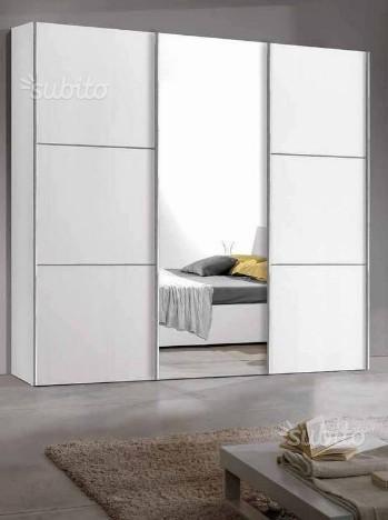 Armadio Artika bianco 3 ante scorrevoli + specchio