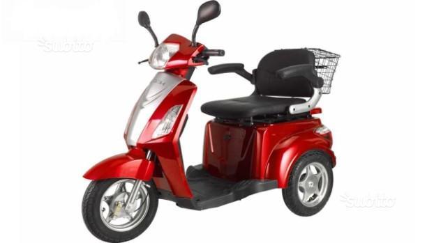 Scooter elettrico z-tech zt-15