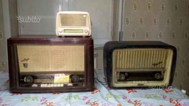 3 antiche radio,