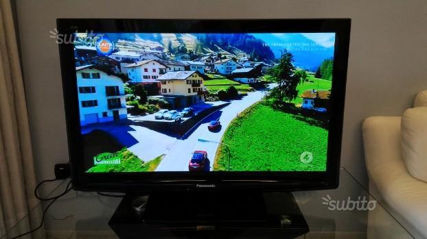 """TV 40"""" HD Panasonic Viera TX-P42C10E"""