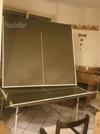 Tavolo da ping pong pighevole