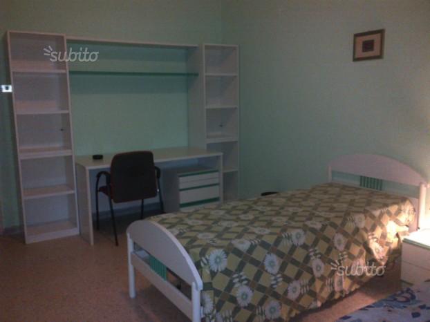 Camera per studentessa disponibile da dicembre