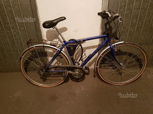 Bicicletta con cambio shimano misura 28