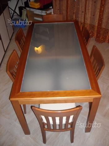 Tavolo allungabile + sei sedie
