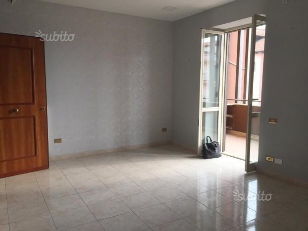 3Vani+P.Auto Via Madonna Delle Grazie FA1483
