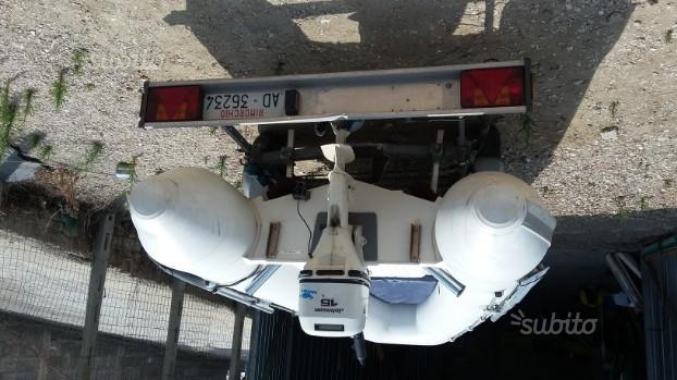 Gommone +motore+ carrello