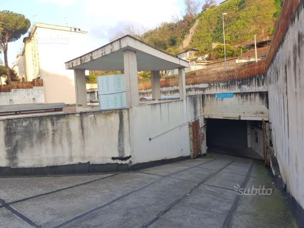 Box auto Via Grotta San Biagio