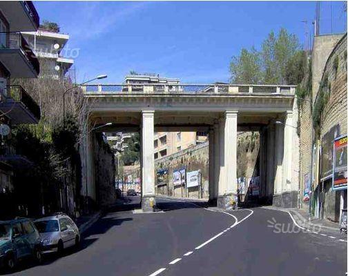 Locale commerciale - via p. castellino