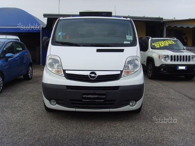 Opel Vivaro 2.0 CDTI ADIBITO PESCHERIA AMBULANTE