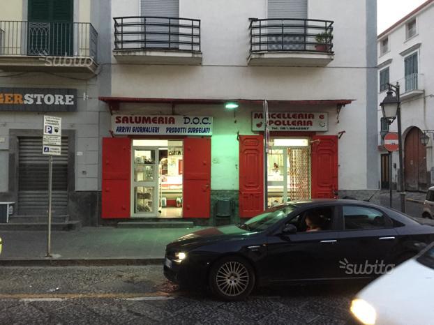 Attivitá Commerciale in Pomigliano(NA)