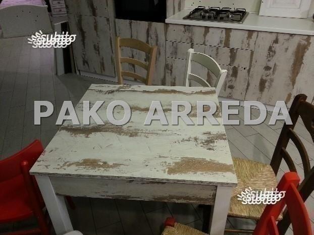 Sedie / sedia e tavoli / tavolo shabby