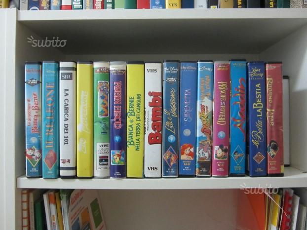 100 cassette VHS