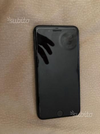 Iphone 8plus 64 un nero