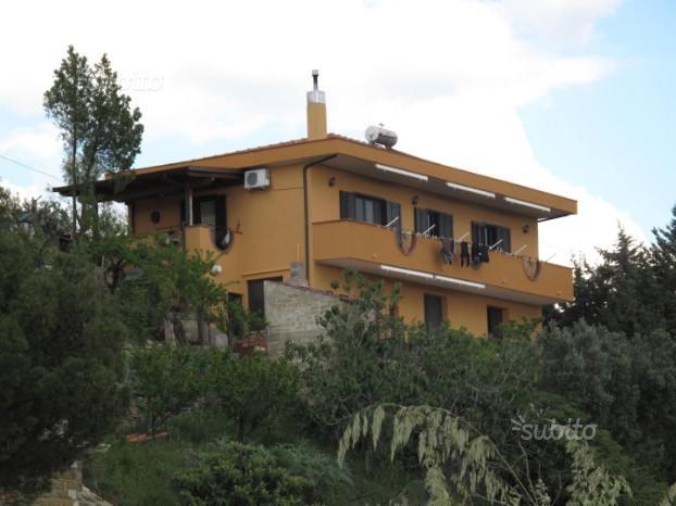 Villa Bifamiliare Castellabate