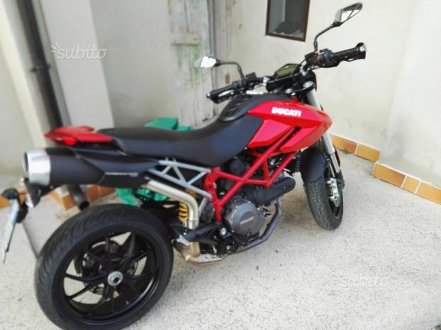 Ducati Hypermotard 796 - 2010