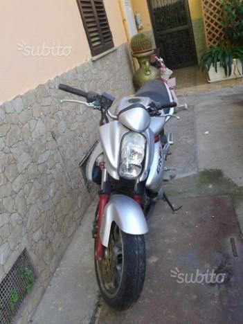 Kawasaki ER 6N - 2006