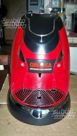 Macchina del caffè gimoka a capsule