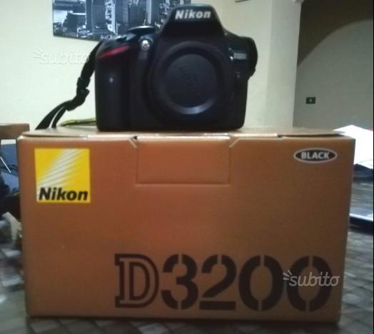 Nikon d3200 (solo corpo)+2 batterie originali