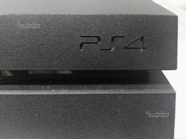 PS4 usata pochissimo come nuova