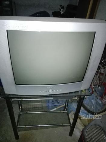 Tv 28 pollice piu carrello