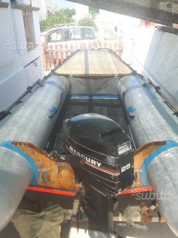 Gommone motore carrello