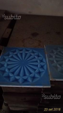 Mattonelle con mosaici anni 50 e 60