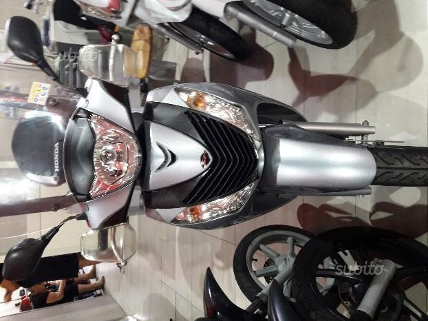 Honda SH 150 - 2011