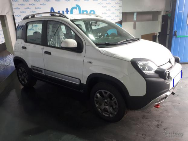 Fiat Panda Fiat - Panda 1.3 MJT 95CV CROSS 4X4 4
