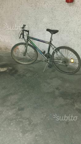 Bicicletta mountain bike poco usata
