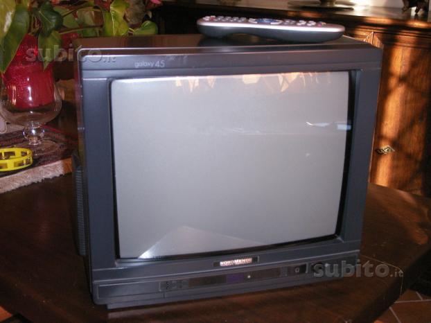 Televisore NORDMENDE 15''