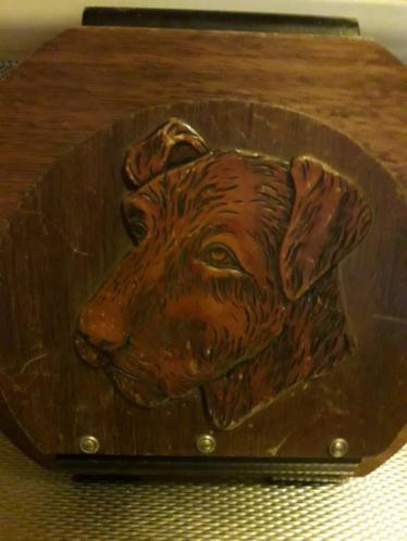 Mooi oud antiek schilderij met honden kop