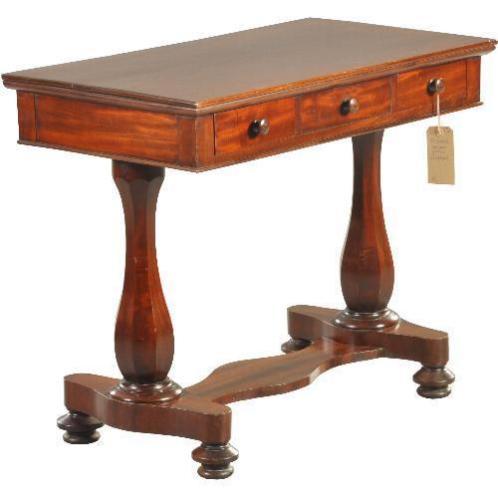 Antieke bureaus / Kleine schrijftafel of sidetable ca. 18...