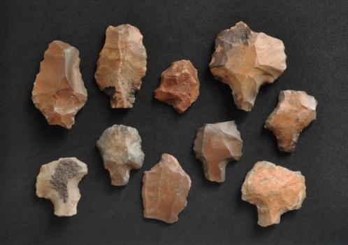 >20.000 jaar oude werktuigen uit de steentijd. Paleolithicum