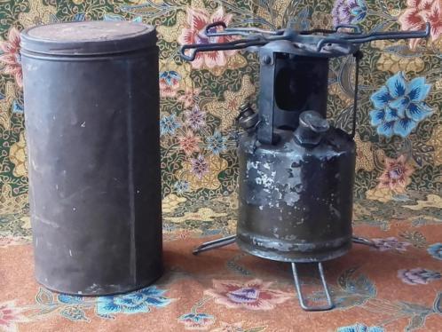 Mooie oude militaria brander of kookstel uit Engeland.
