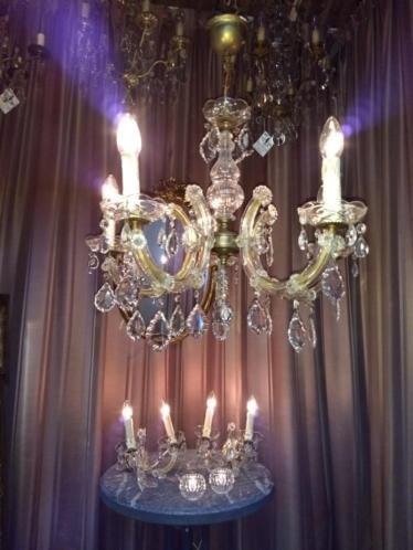 Antieke Maria Theresia kroonluchter met set wandlampjes