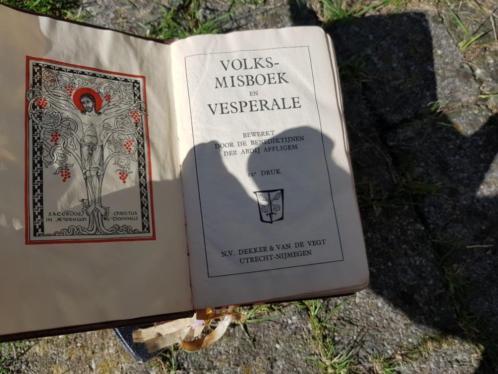 Volksmisboek en vesperale 11 en 12de druk