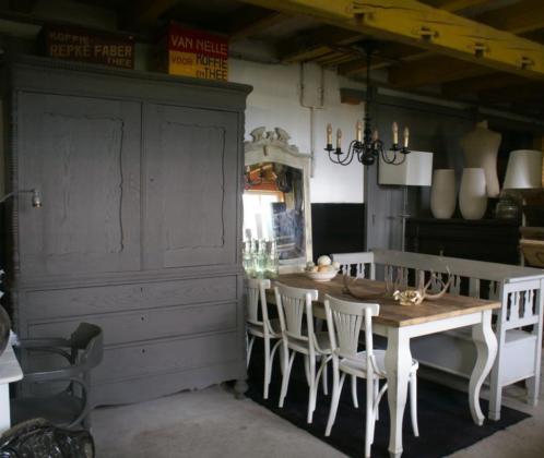 Antieke brocante industriële stoere meubels en accessoires