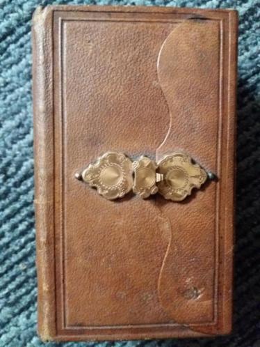 Bijbel 1870 met 14 karaat gouden overslagslot
