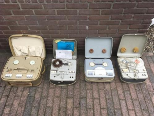 4 oude bandrecorders