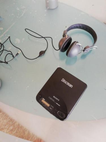Discman Sony D_121 met koptelefoon
