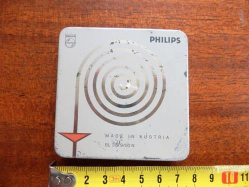 3 Philips kleine geluidsbanden en een lege spoel